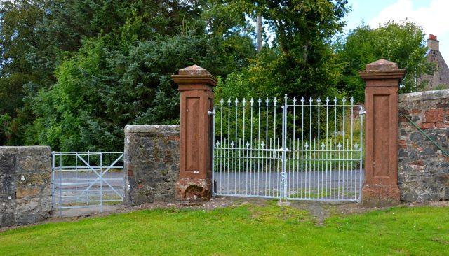 New Gates at the Auld Kirkyard