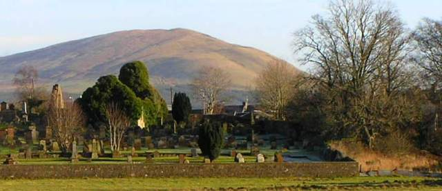 Auld Kirk and Kiryard with Corsencon hill