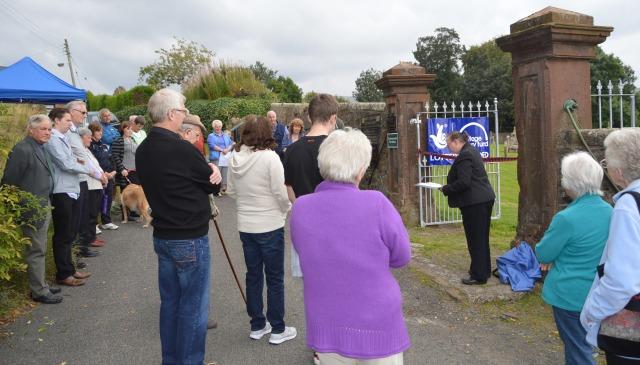 Auld Kirkyard , Castlehill