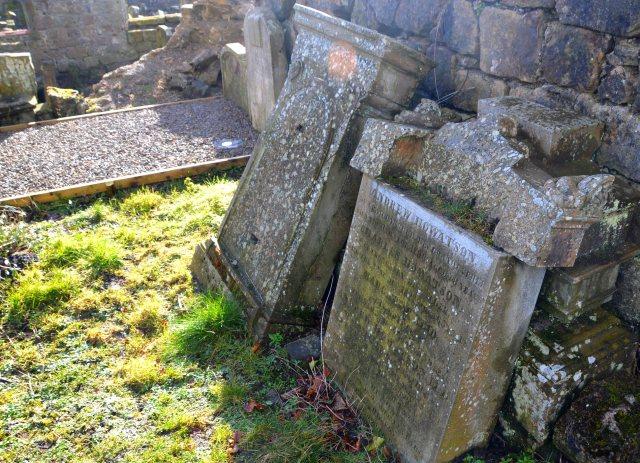 Howatson_Headstone_01