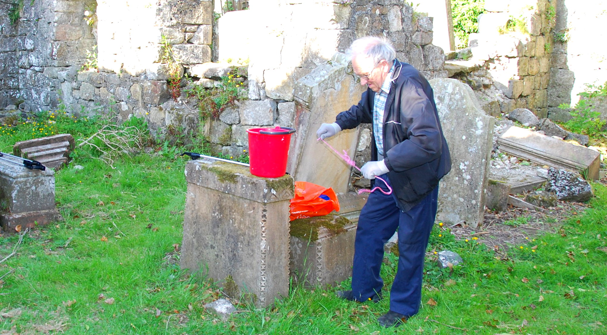 Billy Lees at the Auld Kirk
